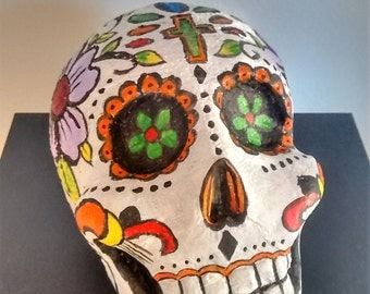 Mexican skull/giorno of the dead/Calavera/sculpture/clay Mexican Skull Calavera/Sculpture/Clay/mascot/