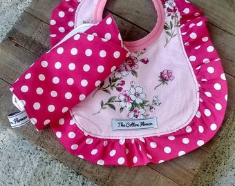 Baby girl bib and burp cloth, baby girl baby shower gift, baby shower gift set