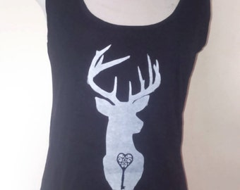 Stag and key print Cropped front A symetric hem vest top