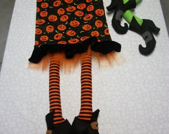 Pumpkins and Witches feet Halloween runner , Halloween Table Runner , Halloween Decor