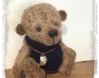 Artist Bear. Robert a Little Mohair Bear.