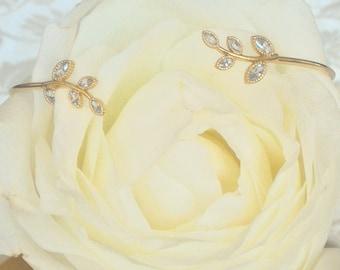 Gold leaves bracelet - leaves bangle bracelet - nature bracelet - gold leaves jewelry - gold leaves cuff - leaf cuff-gold cuff-leaf bracelet