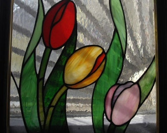 Tulips / Stained Glass Tulip Suncatcher / Stained Glass Tulips