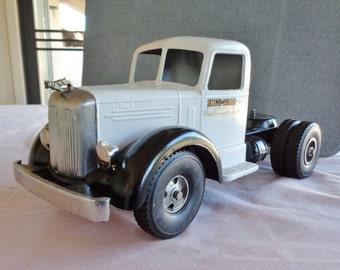 1950 Smith Miller Mack L Model Truck Tractor
