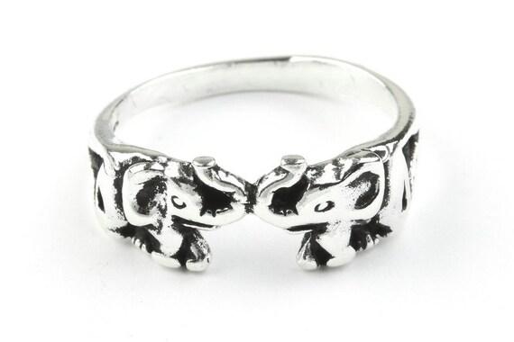 Sterling Silver Elephant Ring, Two elephants ring, Animal Ring, Nature Ring, Spiritual, Boho Ring, Gypsy Ring
