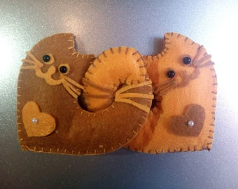 Refrigerator Magnets - Felt Fridge Magnet - Handmade - loving cats