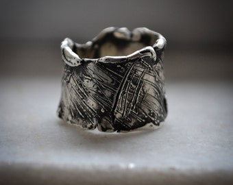 Sculpture wax ring-Βand ring-Unique ring-Sterling silver ring-Hand sculpted-Jewelry