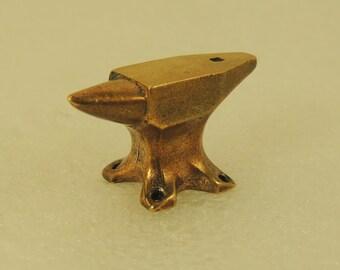 Figurine The Anvil