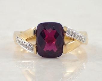 18K Yellow Gold Garnet and Diamond Ring