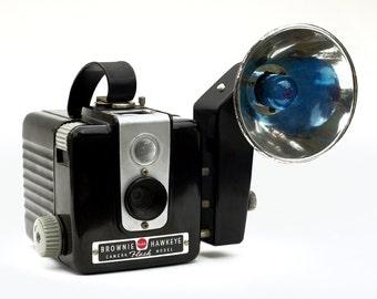 Vintage Kodak Hawkeye Brownie Box Camera with In-Box-Kodalite Flash