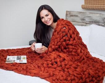 chunky knit decke arm strick decke merino wolle decke von becozi. Black Bedroom Furniture Sets. Home Design Ideas