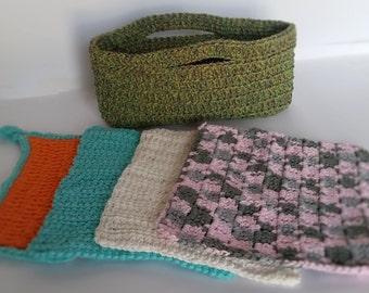 Decorative crochet basket/dishcloth holder with 4 dishcloths