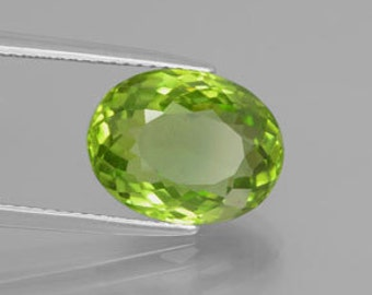 AAA Oval Shape Genuine Faceted Peridot (5X3mm- 10X8mm) . 811-051