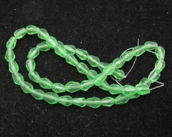 1 Strand Faceted Glass Teardrop Beads 8 x 6mm Pale Green (B26b3)