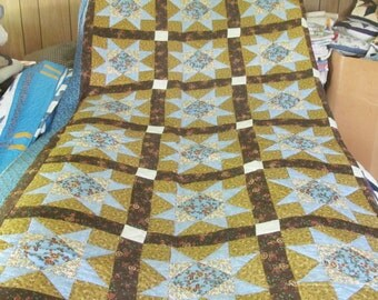 Amish Quilt Log Cabin With Plow Furrow King By