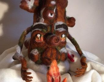 Needle felted winter tree // waldorf tree// season table// tree ornament// fairytale tree/ tree sculpture// tree figurine//winter ornament//