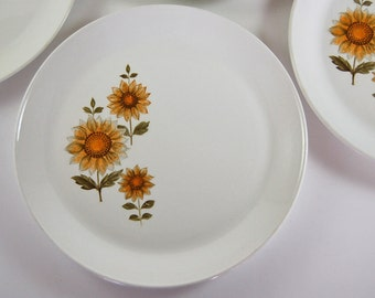 4 Sunflower Luncheon Plates Johnson Brother Orange Yellow Floral Pattern Retro Dishes 70s Kitchen Ironstone Vintage Dinnerware Hippie Dishes