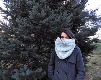 Knit Chunky Cowl Scarf- Infinity Cowl- White and Gray Blend-FREE SHIPPING