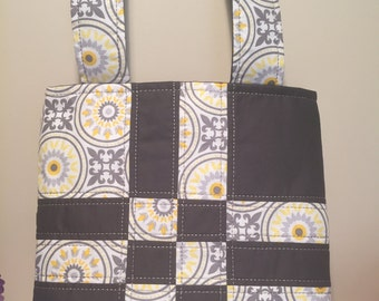New Handmade Quilted Purse / Tote / Bag/ Diaper Bag !