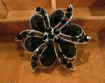 Vintage brooch,black stone brooch, silver-toned setting