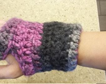 Handmade fingerless gloves / arm warmers