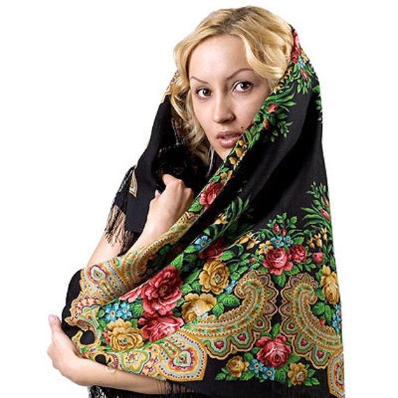 "Scarf woolen with a silk fringe ""Stranger"" 89x89 cm 35''x35'' / Wool floral pavlovo posad shawl"
