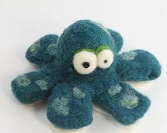 Kit - Needle felting Octopus kit