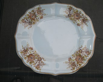 Plate White with flowers and Gold Trim Made in JAPAN