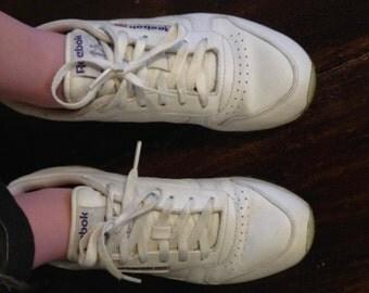 Vtg Women's White Reebok Sneakers Size 7.5