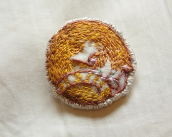 Cat Brooch - Hand Embroidered