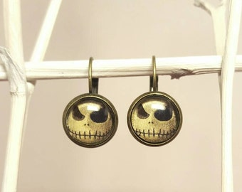 Cabochon earrings earrings with skull and cabochon