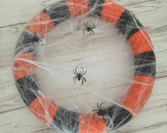 Spiderweb Wreath, Halloween Wreath, Yarn Wreath, Yarn Wrapped Wreath, Halloween Decor, Orange and Black Wreath, Handmade, Front Door Wreath