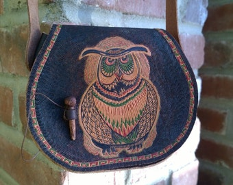 "Leather Coin Purse With Tolkien ""Owlamoo"" Art"