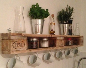 Pallet shelf with hooks