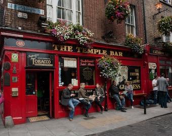 Temple Bar Photos, Photography, Street Photography, Travel Photography, Dublin, Ireland Photography