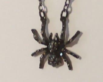 18in Black spider necklace