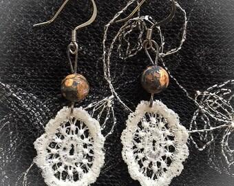 Lace Tiny Dangle Earrings ~Earth Tone Bead~