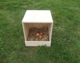 Chicken Nest Box / Chicken Coop / Hens / Birds / Poultry / Universal / Single