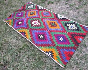 Turkish Kilim Rug Area Kilim rug kelim  Rug Vintage excellent Colors Combination