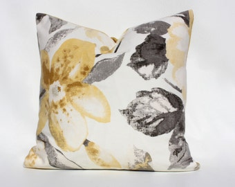 RICHLOOM -- Decorative Pillow Cover (Yellow/Grey/Whtie/Ivory)