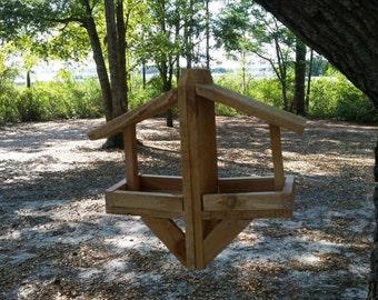 Double hanging cedar wood bird feeder