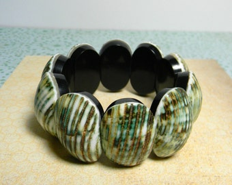 Mother of Pearl Shell Bracelet - Boho Shell Bracelet Chunky