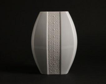 Vintage German Porcelain Vase by EDELSTEIN BAVARIA WGP Form 965