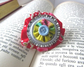 One of a Kind, Art Gift, Upcycled, Small Brooch, Unique Jewelry, Original Jewelry, Flower Jewelry, Unique Brooch, Vintage Style, Kitsch Chic