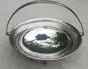 EPNS Serving Dish/Fruit Bowl - Barker Brothers - Vintage Silverplate - Pierced Design
