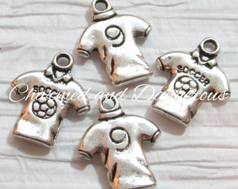 10 pewter Soccer Jersey charms (CM45)