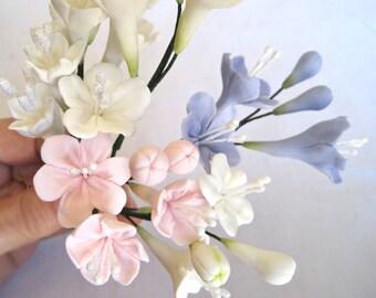 Stephanotis - gum paste filler flowers , sugar paste cake toppers, gumpaste flowers