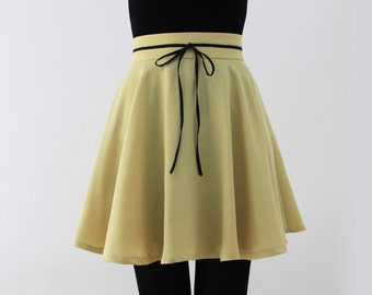 Exclusive high waist yellow skirt