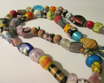 """Vintage Chinese Peking Glass, Silver Foil Glass, Lampwork Glass Bead Necklace, 26"""""""