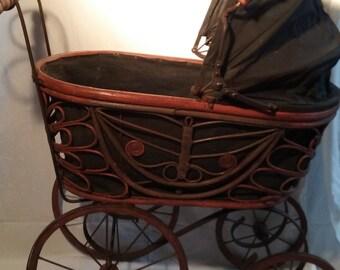 Vintage 1900s baby  stroller
